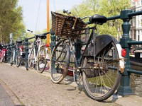 Bicycles, symbols of Amsterdam. Фото Ekaterina Krasnikova - Depositphotos