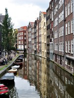 Amsterdam buildings. Фото Fernando Barozza - Depositphotos