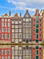 Traditional dutch buildings, Amsterdam. Фото sborisov - Depositphotos