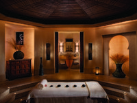 ОАЭ. Дубай. Madinat Jumeirah. Talise Spa. Treatment Room