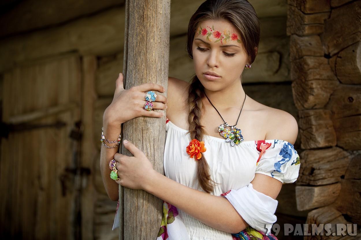 Фото красивых девушек украины, Где самые красивые девушки? В России или на Украине? 2 фотография