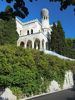 Крым. Villa in Moorish style in Simeiz, Crimea. Фото markovskiy - Depositphotos