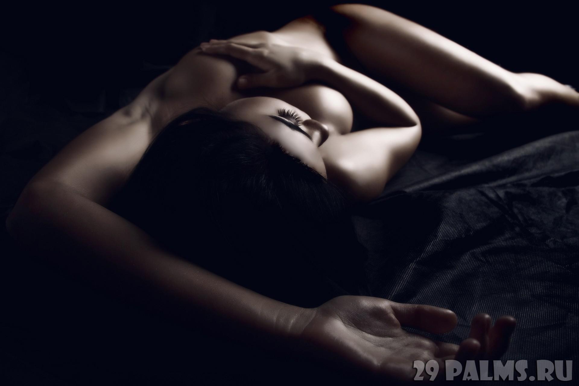 eroticheskih-foto-v-stile-nyu