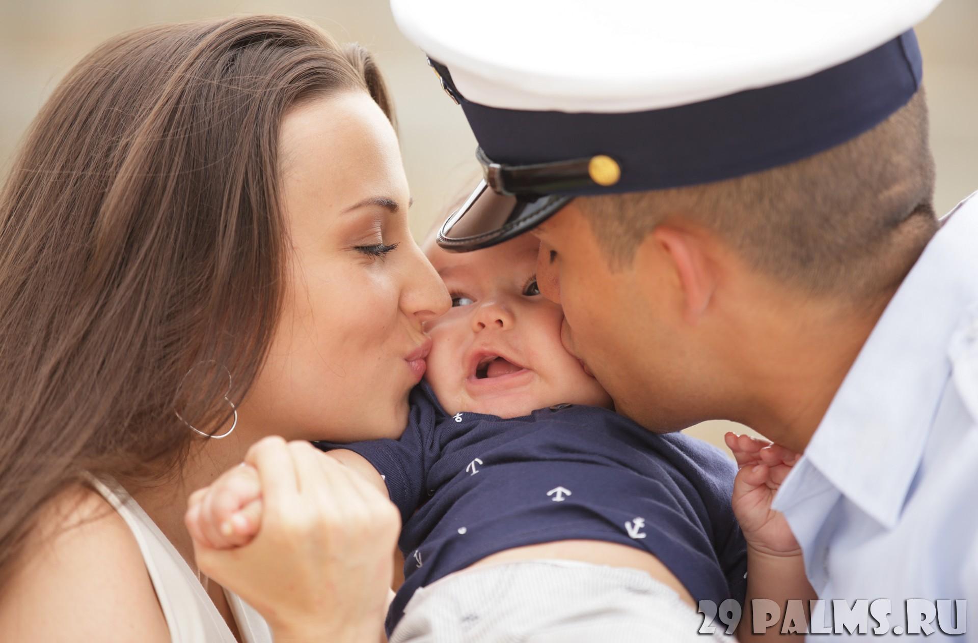 Дети целуются: картинки и фото дети целуются, скачать рисунок 74