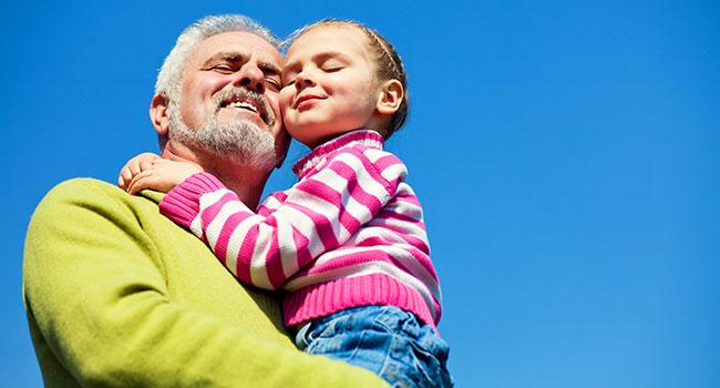 фото внучки с дедами