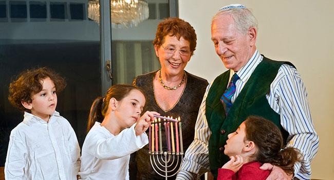 Блог Павла Аксенова. Старые еврейские анекдоты от Миши Рабиновича. Фото Noam Armonn - Depositphotos