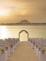 Блог Павла Аксенова. ОАЭ. Дубай. Anantara Dubai The Palm Resort & Spa. Beach Wedding Arch