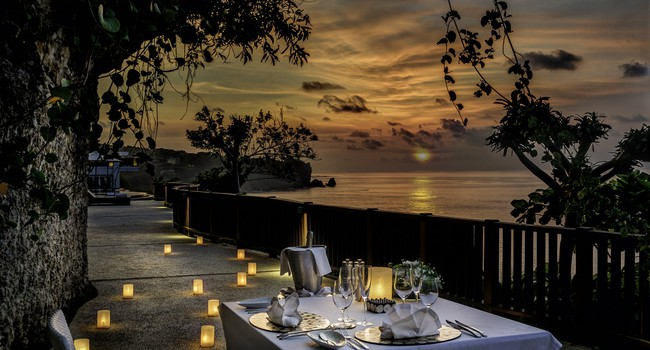 Блог Павла Аксенова. Индонезия. О.Бали. Anantara Bali Uluwatu Resort & Spa. Dining by Design at the cave