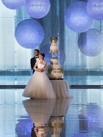 Jumeirah at Etihad Towers - Bride and Groom With Lobby Chandeliers