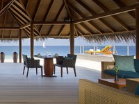 Блог Павла Аксенова. Anantara Dhigu Resort & Spa. Guhli Fushi Interior