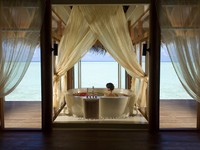 Блог Павла Аксенова. Anantara Dhigu Resort & Spa. Anantara Over_Water_Spa