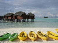 Блог Павла Аксенова. Anantara Dhigu Resort & Spa. Dighu kayaks (1)
