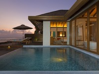 Блог Павла Аксенова. Мальдивы. Anantara Veli Resort & Spa. Ocean Pool Bungalow Pool Dusk