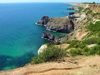 Крым. Black sea coast in Crimea. Фото karnizz - Depositphotos