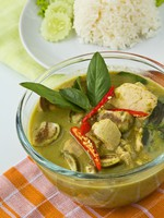 Клуб Павла Аксенова. Мальдивы. Thai traditional food, Green curry. Фото Piyachok - Depositphotos