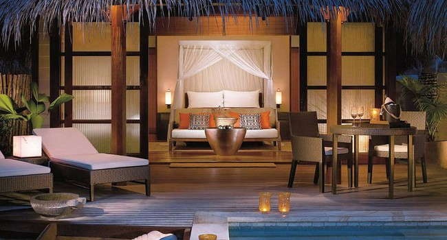 Мальдивы. Four Seasons Resort Maldives at Kuda Huraa. Sunrise Beach Bungalow with Pool