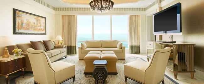 The St. Regis Abu Dhabi. Al Mushref Suite - Living Room
