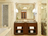 The St. Regis Abu Dhabi. Junior Suite - Bathroom