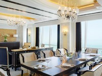 The St. Regis Abu Dhabi. Al Hosen Suite - Dining Room