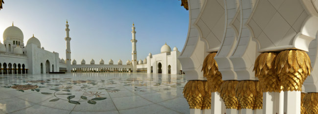 Клуб путешествий Павла Аксенова. ОАЭ. Абу-Даби. Мечеть шейха Зайда. Sheikh Zayed Mosque. Фото Vladimir Zhuravlev-Depositphotos