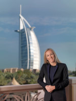 Клуб Павла Аксенова.Jumeirah Emirates Towers. Andrea Greybanks-Director  Sales and Marketing