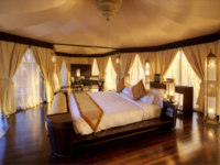 Клуб путешествий Павла Аксенова. ОАЭ. Рас-эль-Хайма. Banyan Tree Al Wadi. Tented Villa bedroom