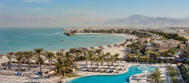 Клуб путешествий Павла Аксенова. ОАЭ. Рас-эль-Хайма. Hilton Ras Al Khaimah Resort & Spa. Panoramic View