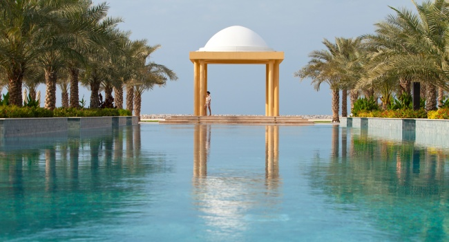 Клуб путешествий Павла Аксенова. ОАЭ. Рас-эль-Хайма. Hilton Ras Al Khaimah Resort & Spa. Salt Pool