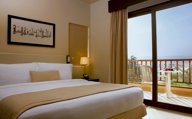 Клуб путешествий Павла Аксенова. ОАЭ. Рас-эль-Хайма. The Cove Rotana Resort Ras Al Khaimah. The Deluxe King Room