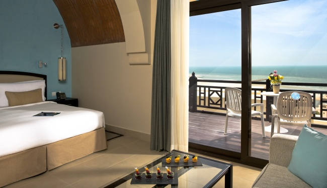 Клуб путешествий Павла Аксенова. ОАЭ. Рас-эль-Хайма. The Cove Rotana Resort Ras Al Khaimah. The Premium Room