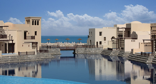 Клуб путешествий Павла Аксенова. ОАЭ. Рас-эль-Хайма. The Cove Rotana Resort Ras Al Khaimah. View of the Villas