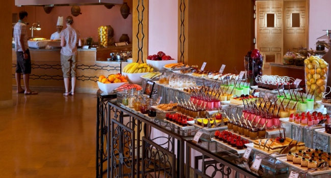 Клуб путешествий Павла Аксенова. ОАЭ. Рас-эль-Хайма. The Cove Rotana Resort Ras Al Khaimah. Cinnamon Buffet