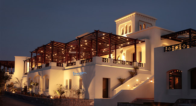 Клуб путешествий Павла Аксенова. ОАЭ. Рас-эль-Хайма. The Cove Rotana Resort Ras Al Khaimah. Breeze Bar