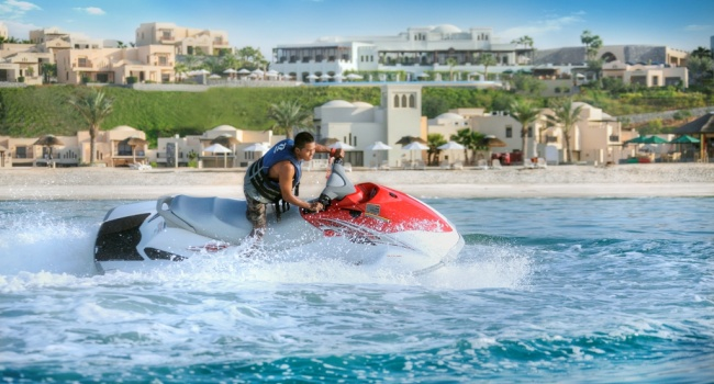 Клуб путешествий Павла Аксенова. ОАЭ. Рас-эль-Хайма. The Cove Rotana Resort Ras Al Khaimah. Water Sports