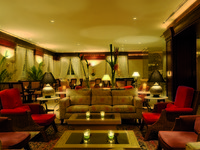 Movenpick Resort & Residence Aqaba 5. AL NAFOURA BAR - MP AQABA