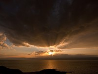 Иордания. Dark yellow sunset on Dead Sea, Jordan. vvoennyy - Depositphotos