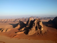 Иордания. Wadi Rum desert, Jordan. View from above. claudiaf - Depositphotos