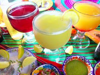 Margarita sex on the beach cocktail beer tequila. Фото TONO BALAGUER SL - Depositphotos