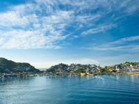 A view of the town of Manzanillo Mexico from the water. Фото Don Fink - Depositphotos