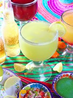 Margarita sex on the beach cocktail beer tequila. Фото TONO BALAGUER SL - Depositphotos_5282732