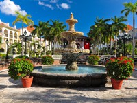 Luxury caribbean riu hotel resort, Mexico. Фото Jan Gorzynik - Depositphotos