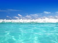 Blue caribbean sea water wave horizon. Фото TONO BALAGUER SL - Depositphotos
