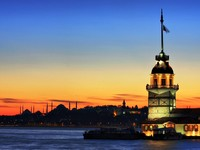 The Maiden's Tower in Istanbul, Turkey. Фото Muharrem Zengin - Depositphotos_3107055