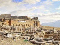 The Ancient destroyed Temple in the mountains of Turkey, Pamukkale. Фото Ivantagan - Depositphotos_1898748