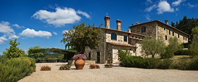 Италия. Тоскана. The Tuscan farmhouse, Tuscany, Italy. Фото Vladimir Khirman Depositphotos