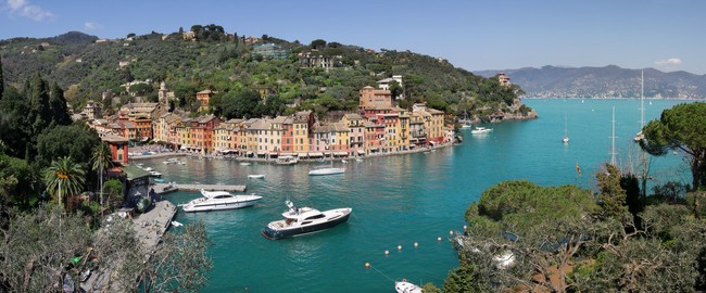 Италия. Портофино. Panorama of Portofino. Фото Rostislav Glinsky - Depositphotos
