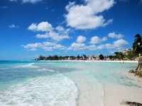 Барбадос. Beach on the island of Barbados in the Caribbean. Фото Donnie Shackleford - Depositphotos