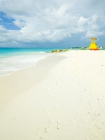 Барбадос. Cabin on the beach, Enterprise Beach, Barbados, Caribbean. Фото Richard Semik - Depositphotos
