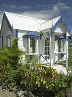 Барбадос. Caribbean, Barbados, Holetown, Chattel Village, architecture, shop. Фото Philip H. Coblentz - Depositphotos