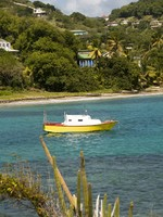 Сент Винсент и Гренадины. Colorful fishing boat bequia st. vincent and the grenadines. Фото Robert Lerich - Depositphotos
